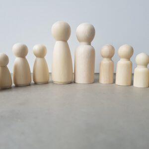 houten poppetjes kegelpoppetjes gezin groot